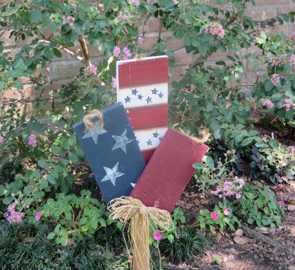 4th of July Firecrackers outdoor decorations