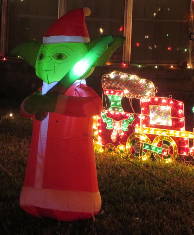Christmas Lights 2013 Yoda