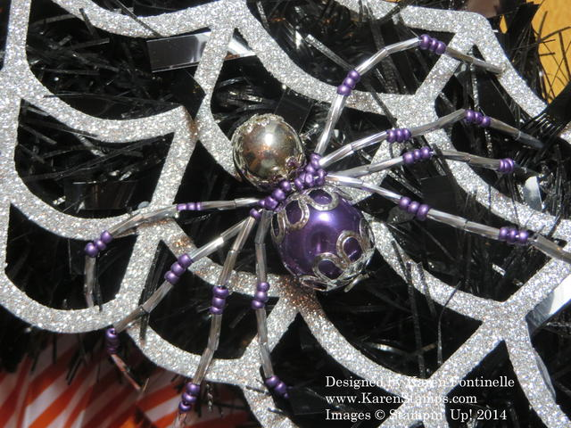 Frightful Wreath Beaded Spider