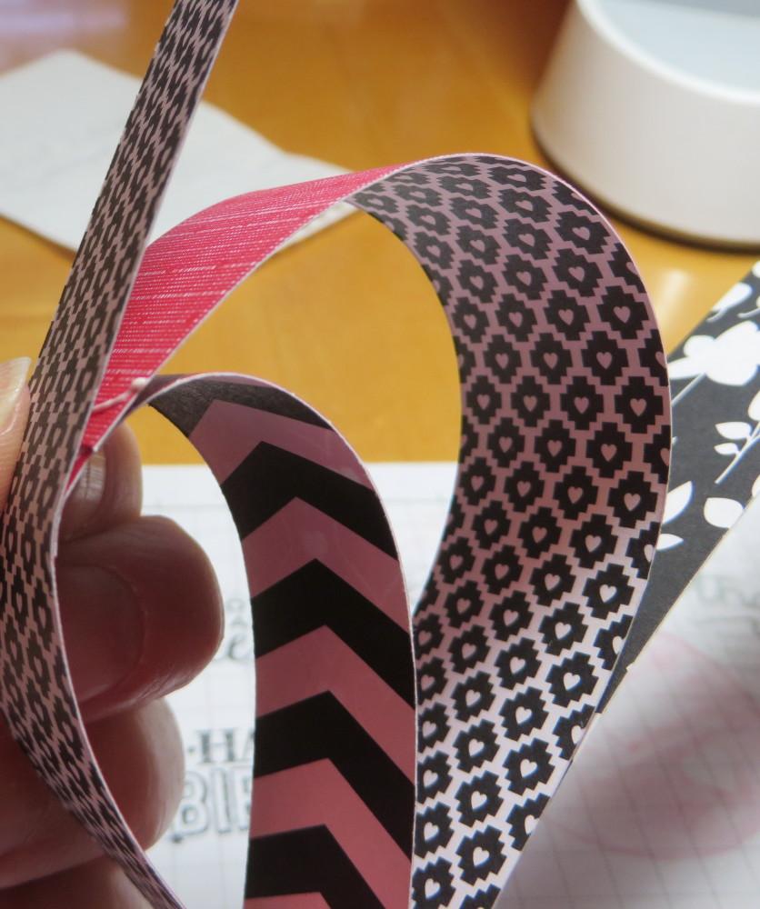 Heart Garland Strips Glueing2