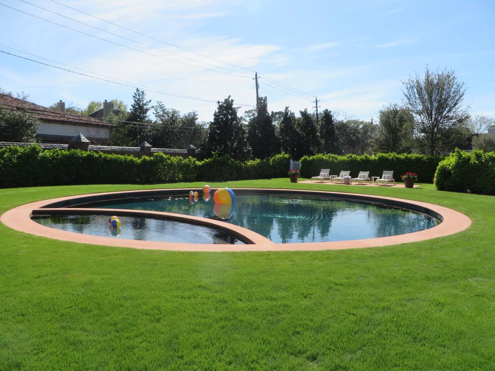 Azalea Trail Pool
