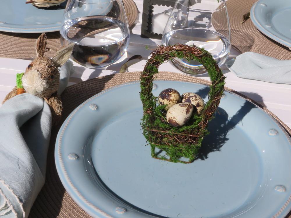 Azalea Trail Easter Table Decorations