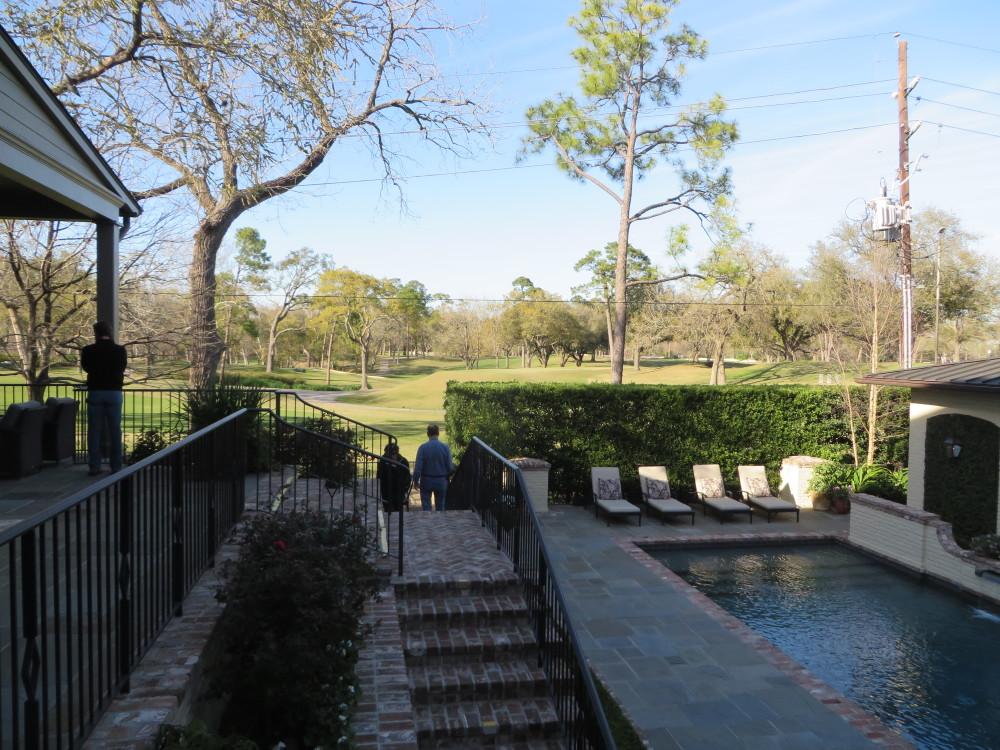 Azalea Trail Home Overlooking Golf Course