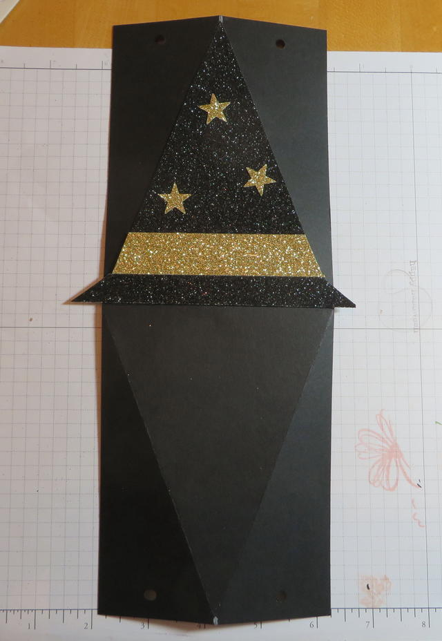Witch's Hat Triangle Box Layout