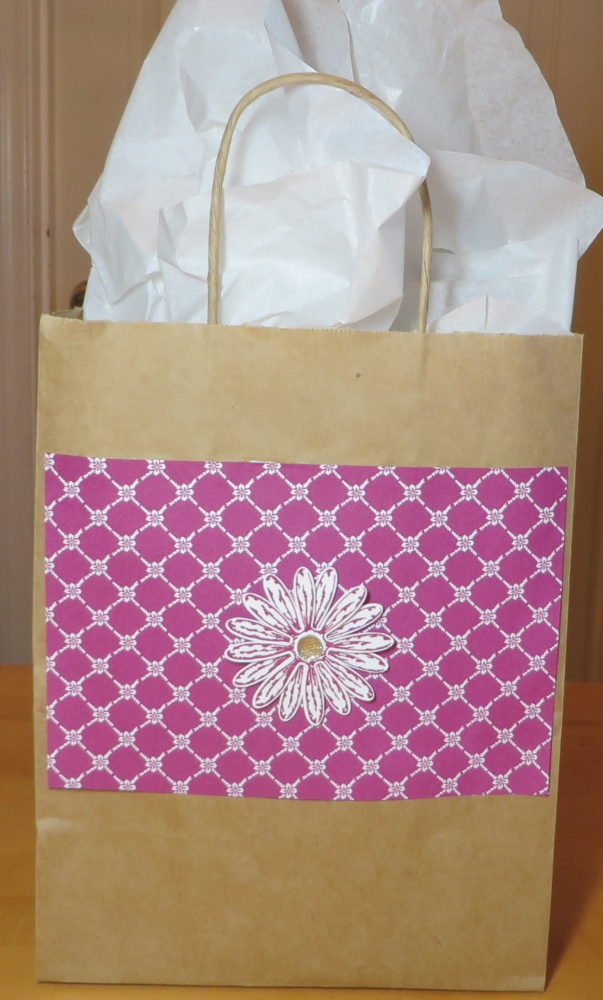 Quick and Easy Gift Bag To Make