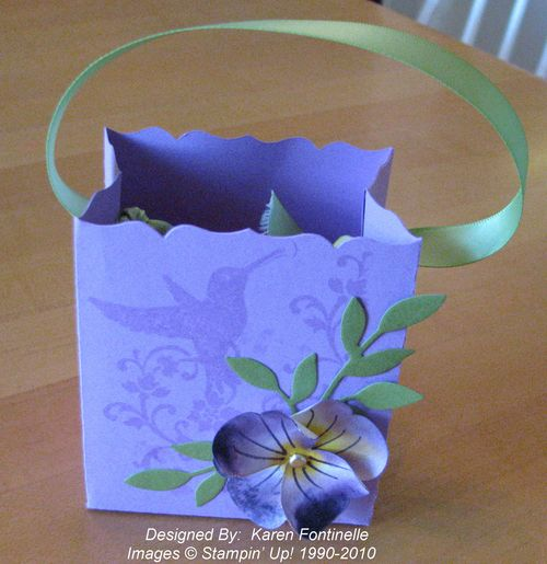 Fancy Favor Box with Butterfly Pansy