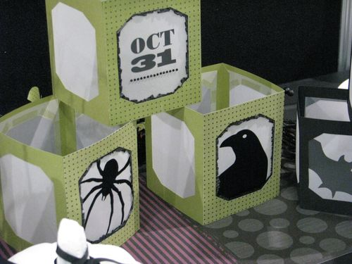 Spooky Things Decor Elements Luminaries
