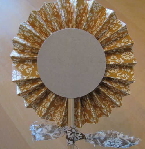 Spice Cake Accordion Flower Back