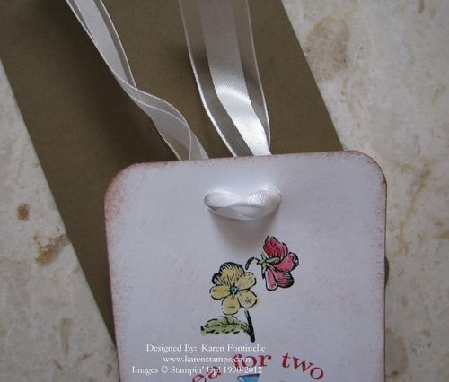 Tea Tag Bow Front