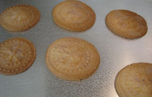 Sweet Pressed Cookie Stamp with Sugar